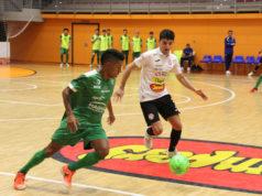 Un momento del partido entre el Ribera Navarra FS y el Osasuna Magna Xota