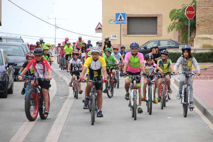 Unas 200 personas participaron en el V Ciclo Paseo BTT Solidario de ...