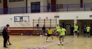 Entrenamiento de preparación Física del Cintruénigo FS dirigido por Miguel Ángel Moreno
