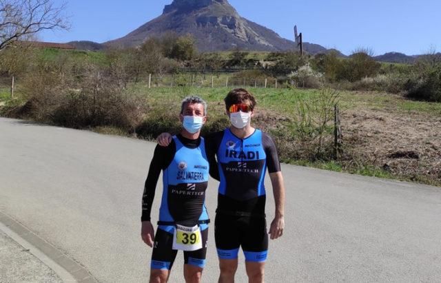 Ander Iradi y Agustin Salvatierra, del SDR Arenas Triatlón