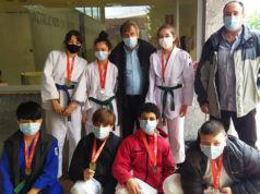 Félix Pastor con el equipo de judo infantil del Shogun