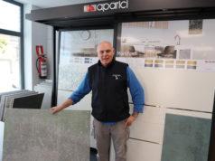 José Ángel Aparicio en su tienda Aralor