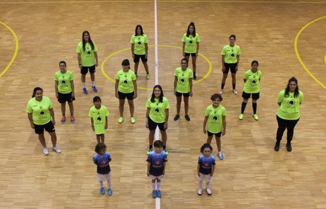Jugadoras de las Categorías inferiores con jugadoras del Senior Femenino GCH Garbayo Chivite Cintruénigo FS