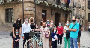 """María Sanz este domingo, tras recibir el premio """"Toda una vida en bici"""""""
