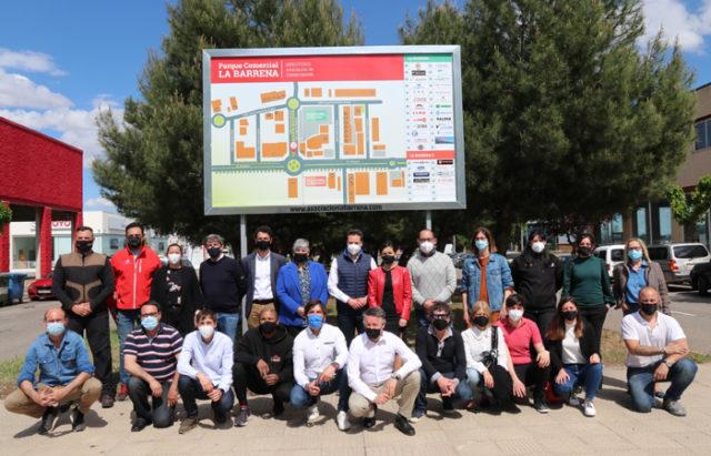 Miembros de la Asociación Parque Comercial La Barrena