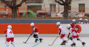 Derbi entre los benjamines del Tudela Hockey Club