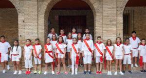 Grupo de peques que este año iban a protagonizar el Día del Niño
