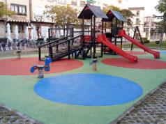 parque infantil paseo de invierno